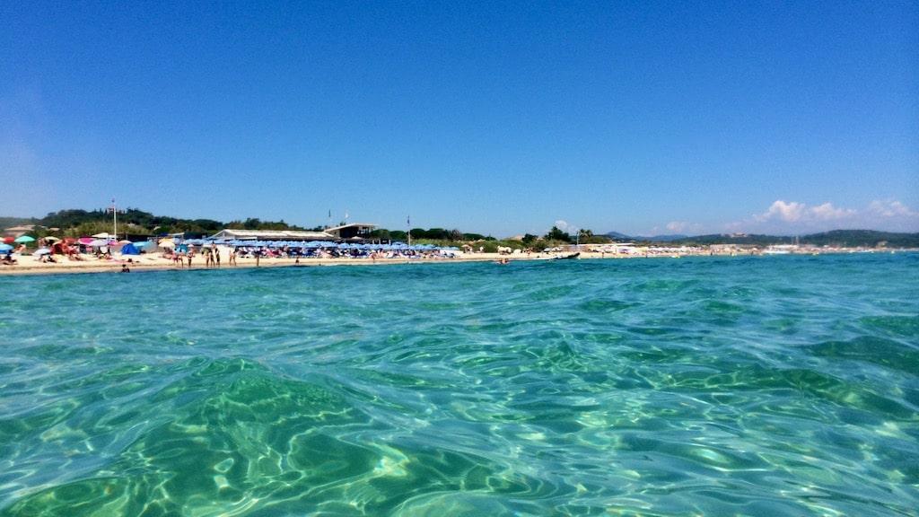 Die-perfekte-Packliste-für-den-Strandurlaub